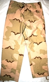 US MILITARY ECWCS GORE TEX DESERT COLD WEATHER CAMOUFLAGE PANTS - MEDIUM REGULAR